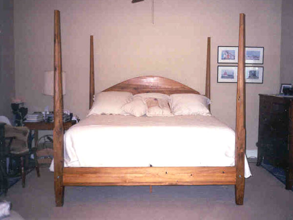 Reclaimed Cypress Pencil Post Bed